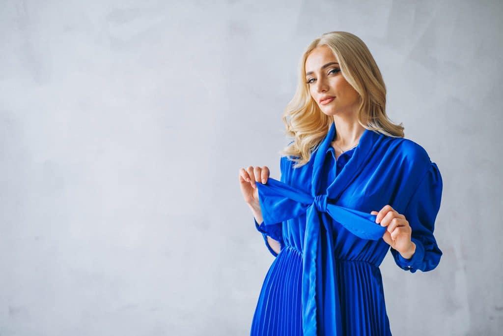 significado-del-color-azul-femenivo-vestido-azul-virgen-maria