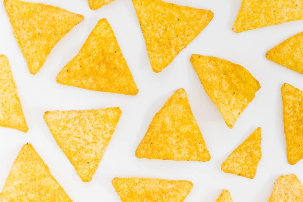 Psicología del color significado amarillo nachos triangulos